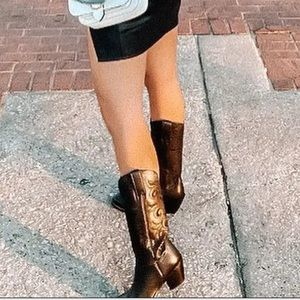 Lucches black cowboy boots. I'm great condition